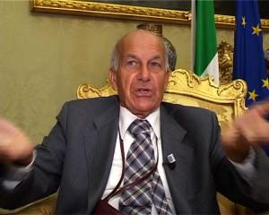 2007-14-10-CaraCosti-Politica-2003-2006.-Bertinotti-e-i-portaborse.-I-dirigenti-del-comune-di-Milano-contro-Letizia-Moratti